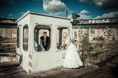 sesja ślubna lokomotywownia