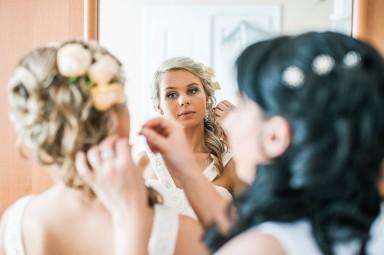 zdjęcia ślubne w lustrze