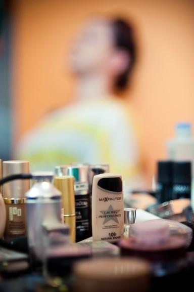 kosmetyki do makijażu ślubnego