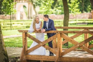 zdjęcie ślubne na mostku