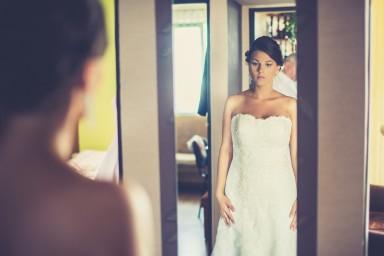 ślubne zdjęcie w lustrze