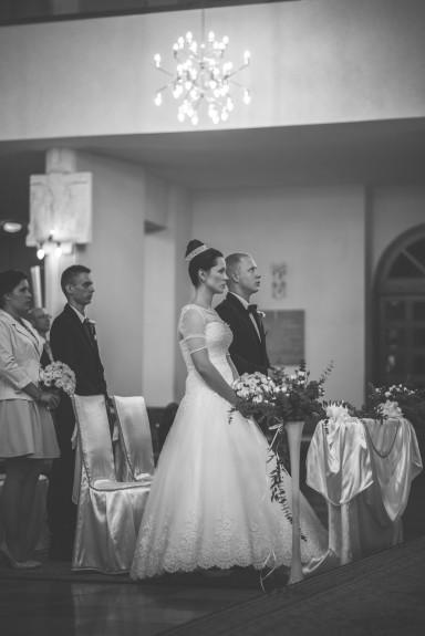 kielce czarno-białe zdjęcia ślubne