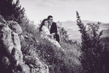 czarno-biała sesja ślubna